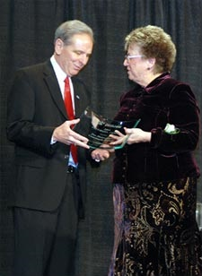 President Denson receives the 2008 Diversity Award